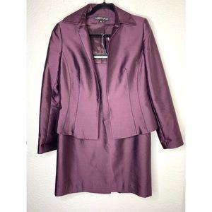 Plum Purple Size 6 Wool/Silk Blend Skirt Suit